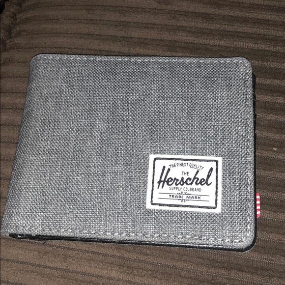 Herschel Supply Company Other - The Herschel Supply Co. Brand men s wallet 25a3623363176